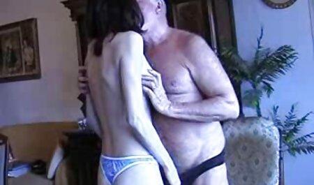 אשתו החליקה והתגלה מזיין עם סרטנים סרט סקס חינם