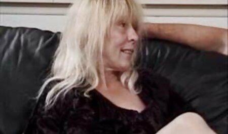 היא שרה בקריוקי ומקבלת זיון כלבים סקס חינם סרטים