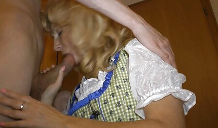 המורה המתוחכם סרטי הסקס של ניקול קורא לחניך שלו
