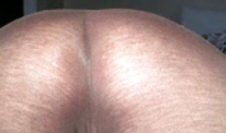 קטיוקה חלמה בחוסר רצון על רגליה ונפלה לתוך סרטי סקס חינם מבוגרות הילה קבועה