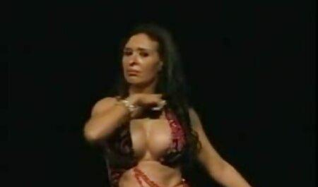 מותק שובב מקבל סרטי סקס חינם ערביות prepped במזוין חם