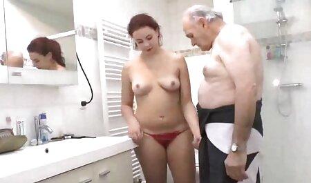 קוטג ' עם ציצים סרטי סקס מלאים חינם גדולים משתזפים בשיחים