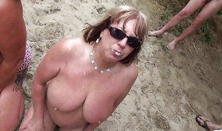אחרי צפייה קשה, הבלונדינית גמרה עם כובע סרטי סקס חינם להורדה מגולח.
