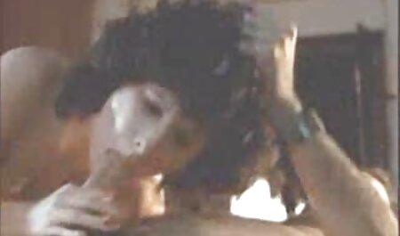 בזמן החקירות במושבה, סרט סקב הבנות נענשו קשות בשוטים.
