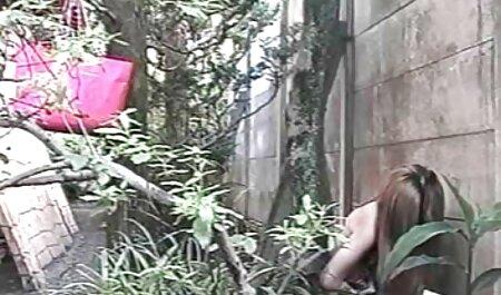 כלבה שופעת נשואה לבעל למחוץ על סרטי סקקס חינם מצלמת onebcam