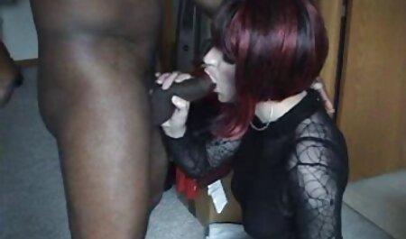 מאמן מזיין שתי חתיכות צעירות סרטי סקס חינם אלים במשרד בפה
