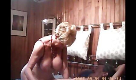 ראיתי איך זיינתי והצטרפתי לויברטור הלסבית סרטים של סקס חינם שלי.