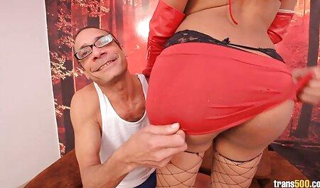 גבר ואפל ושם בפה שלו סרטי סקס למבוגרים חינם בפה מלא.