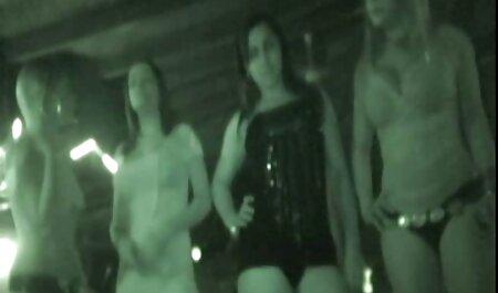 חברה רזה סרטי סקס חינם אונס בשירותים רצתה להשתין על עצמה.