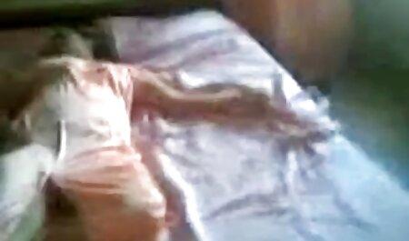 כריסטינה סרטי סקס חינם ללא דופקת את קראמפ החוצה לאחר מזוין בביצוע